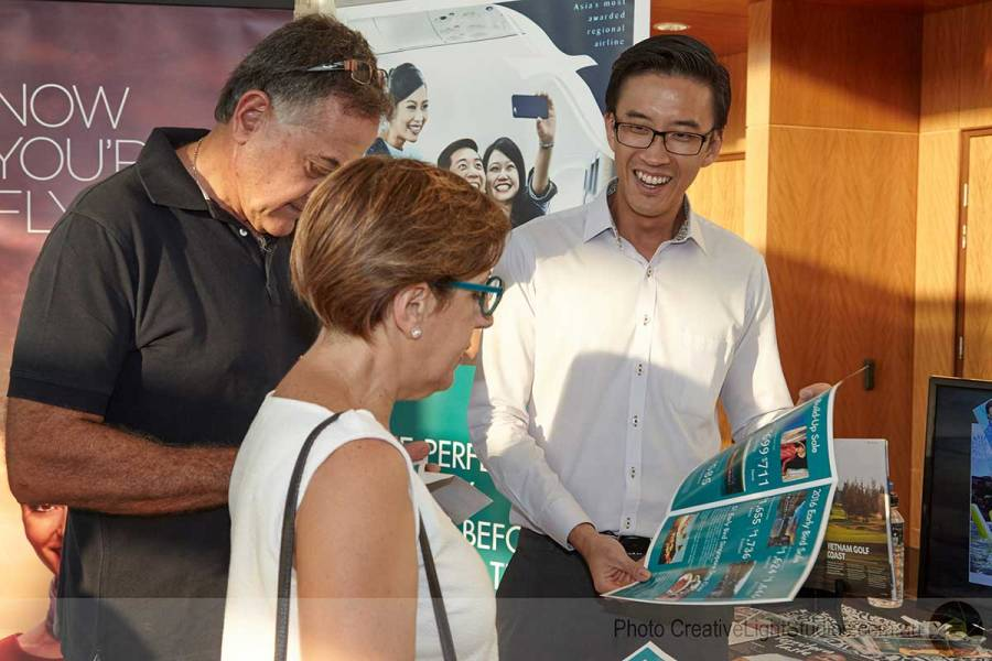 SilkAir handing out promotional items at the Darwin official opening
